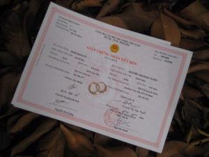 làm lại giấy đăng ký kết hôn
